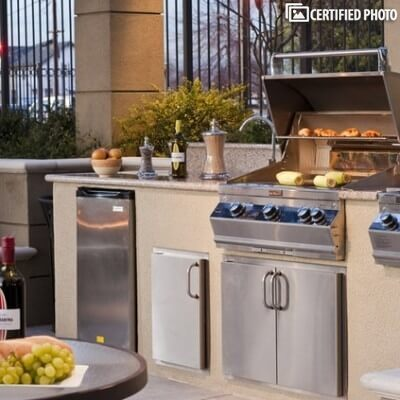 BBQ pits & Outdoor Kitchens for Social Gathering
