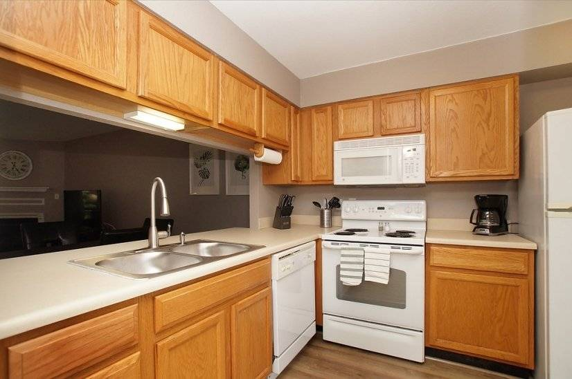 image 4 furnished 1 bedroom Townhouse for rent in Kirkwood, St Louis Area