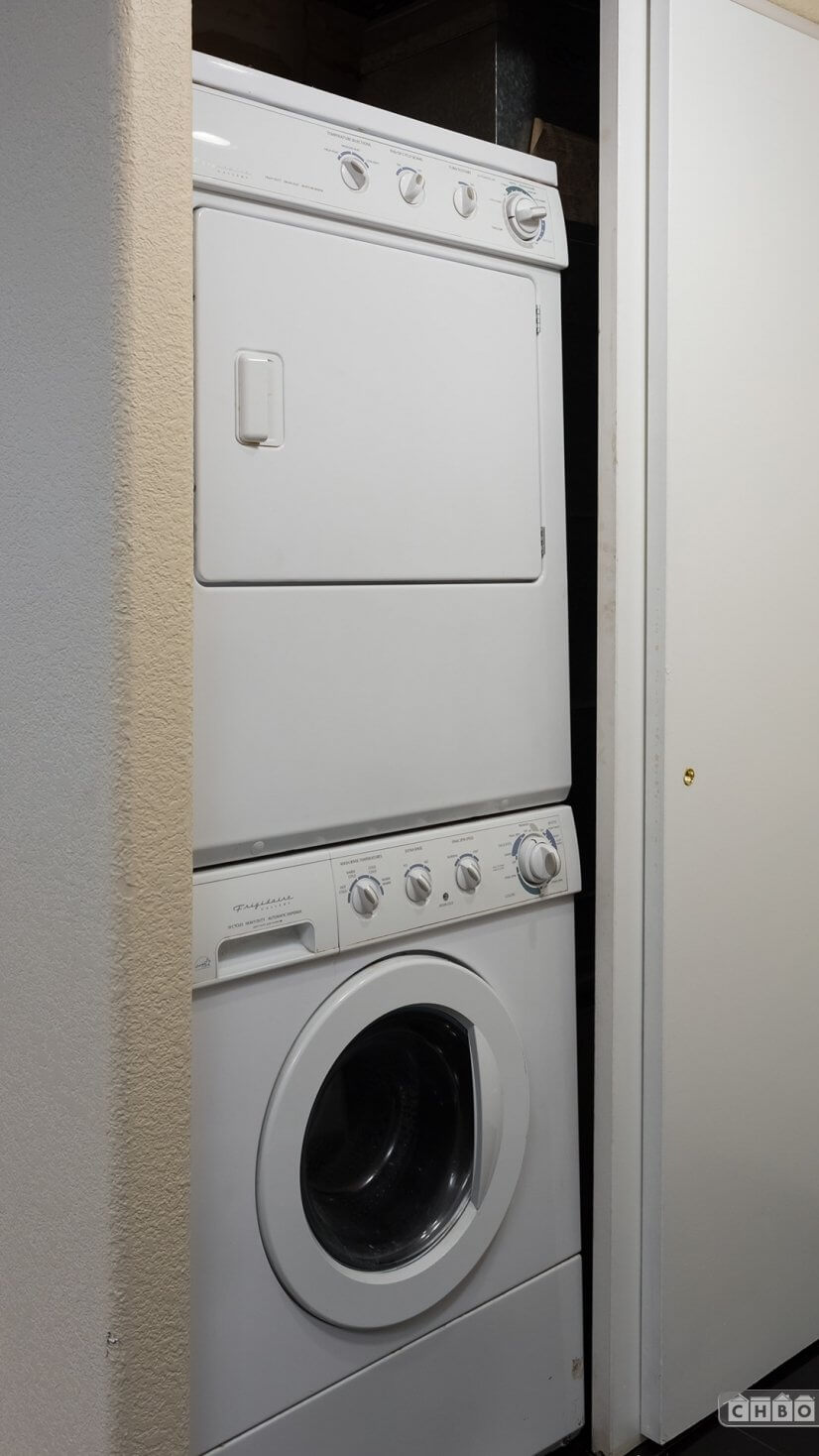 In Unit Stackable Washer and Dryer