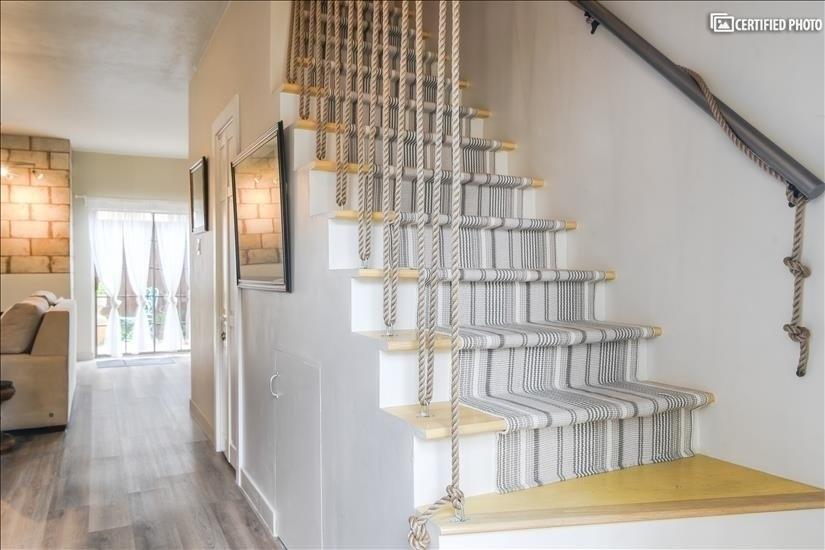 Rope stairway