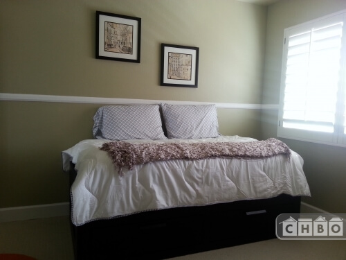 bedroom 3 with 2 twin beds or king size bed