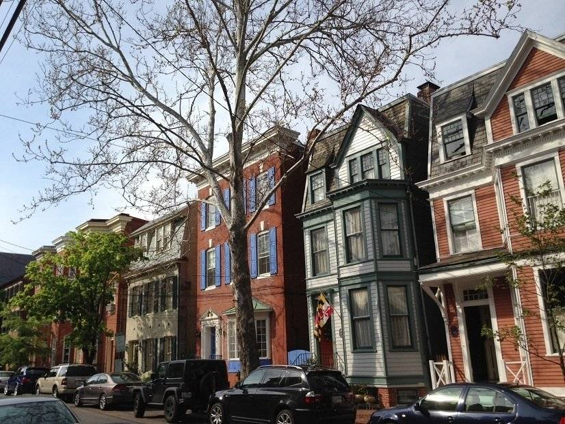 Stroll the lovely streets of Historic Annapolis