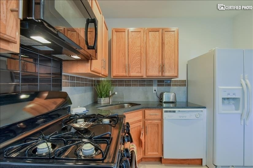 image 5 furnished 2 bedroom House for rent in Bothell-Kenmore, Seattle Area