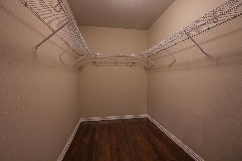 Huge master closet in addition to linen closet