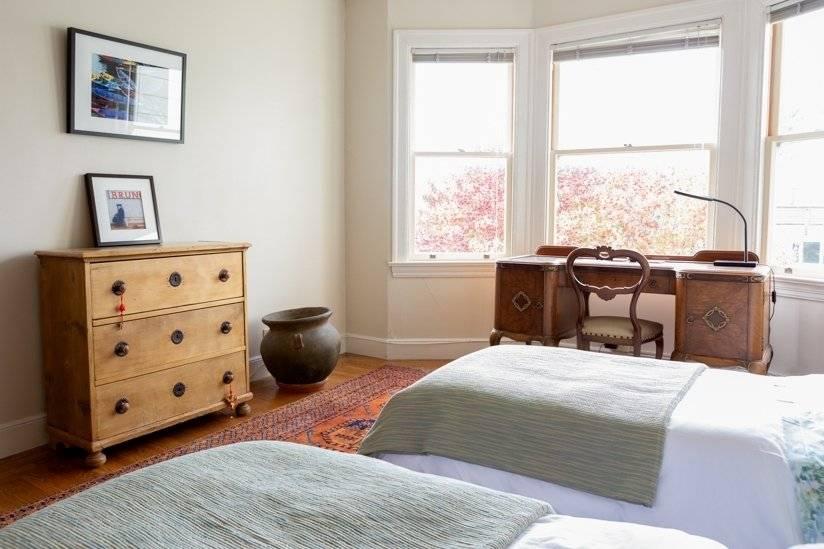 Second bedroom overlooking garden