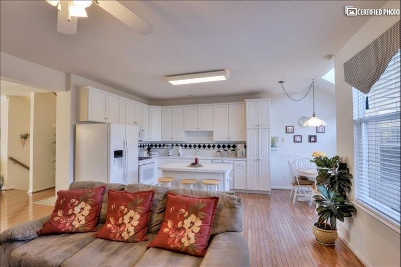 image 11 furnished 3 bedroom House for rent in Ashburn, DC Metro