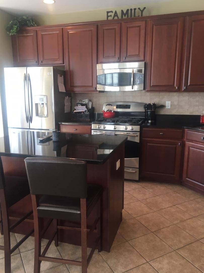 image 8 furnished 4 bedroom Townhouse for rent in Trenton, Mercer County