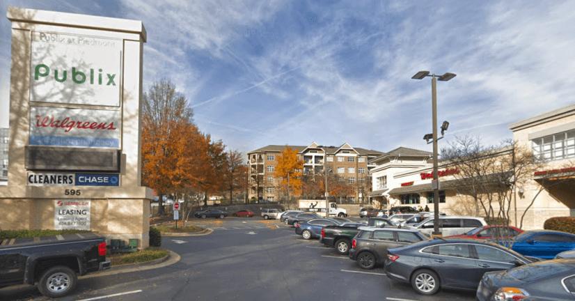 Publix Shopping Plaza & 24hrs Walgreens