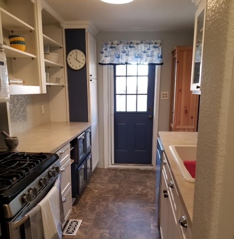 Kitchen leading to back porch