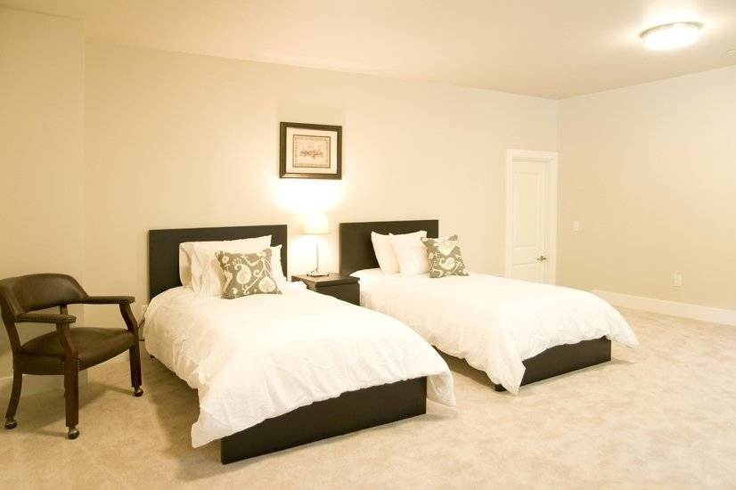 image 12 furnished 5 bedroom House for rent in Sammamish, Seattle Area