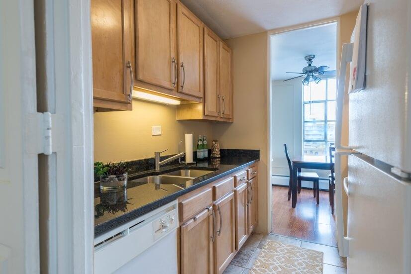 image 4 furnished 2 bedroom Apartment for rent in Lincoln Park, Denver Central
