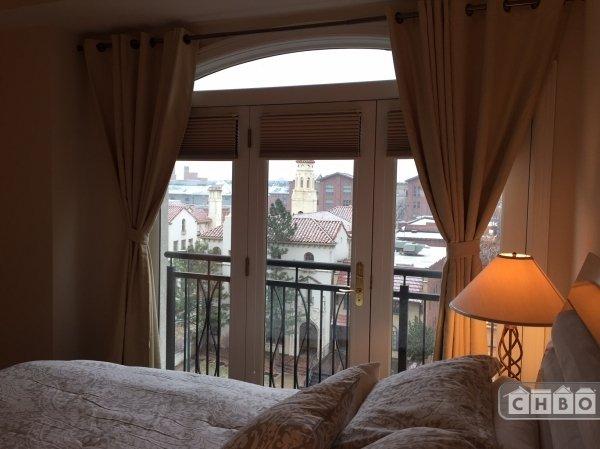 image 7 furnished 1 bedroom Townhouse for rent in Lincoln Park, Denver Central