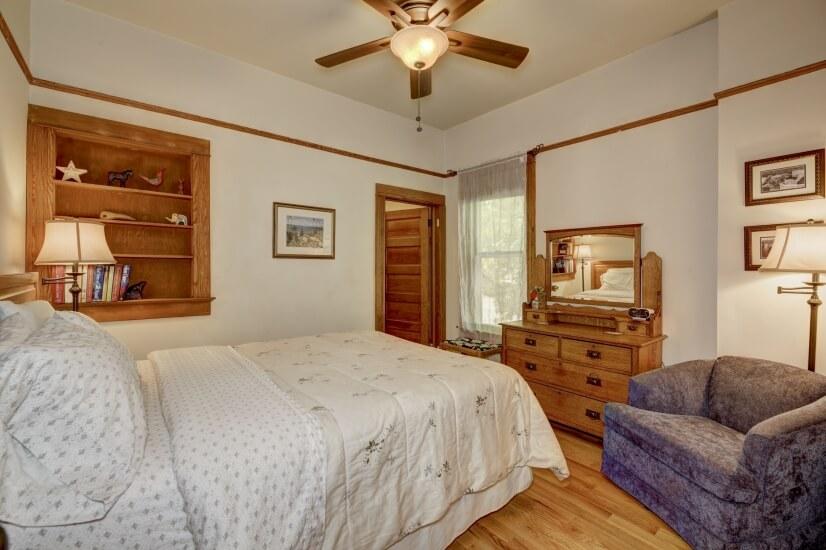 Lower Queen Bed