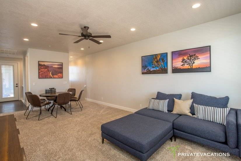 image 11 furnished 5 bedroom Townhouse for rent in Washingston, Washington (St. George)