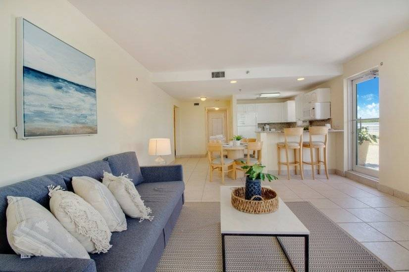 $3120 1 Coconut Grove, Miami Area