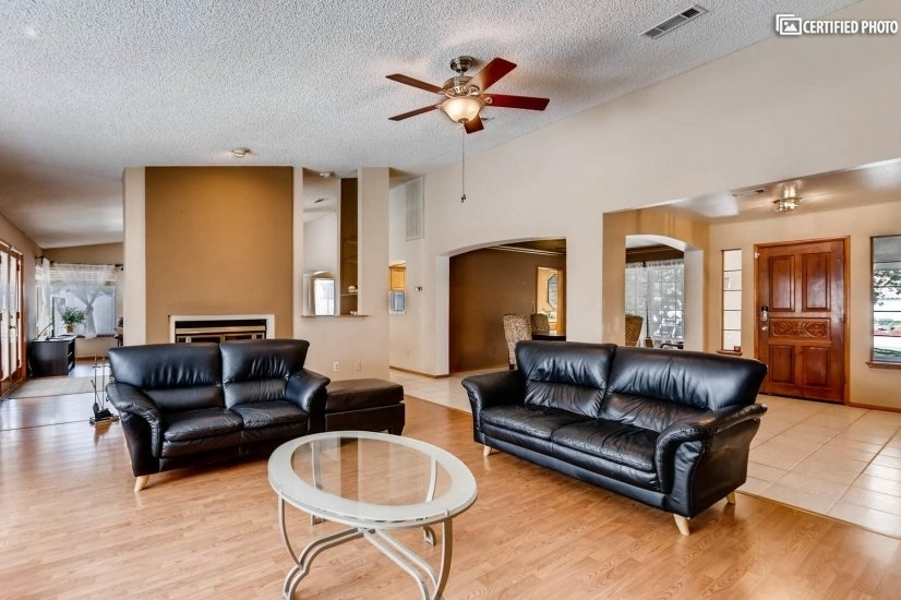 image 8 furnished 4 bedroom House for rent in Henderson, Las Vegas Area