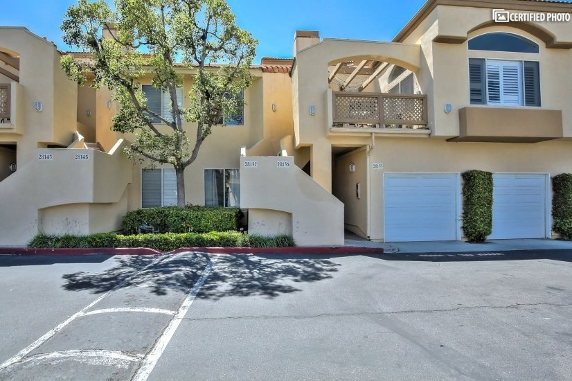 image 3 furnished 2 bedroom Townhouse for rent in Laguna Niguel, Orange County