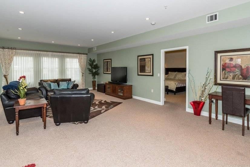 image 5 furnished 3 bedroom Townhouse for rent in Lincoln Park, Denver Central