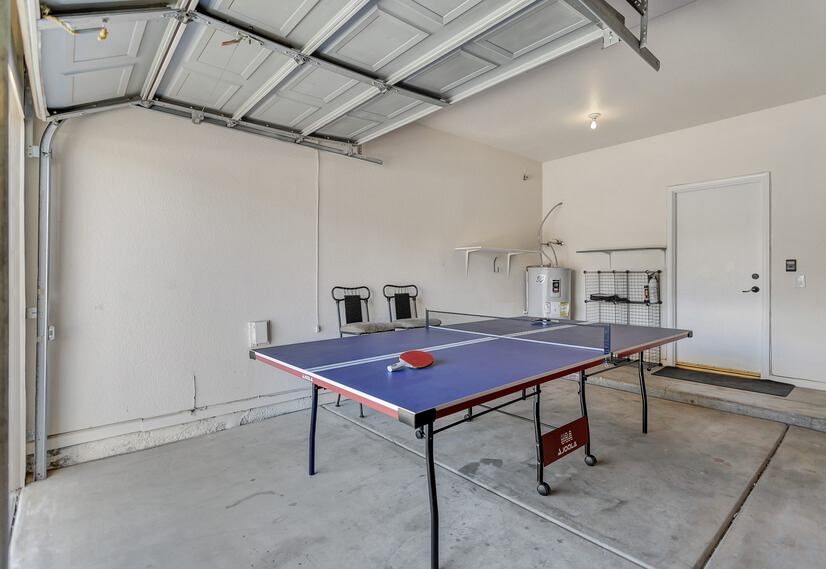 New Table Tennis/Ping Pong Table Set