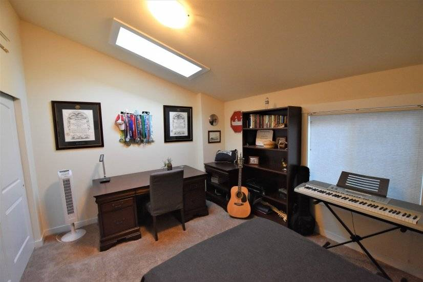 image 14 furnished 3 bedroom House for rent in Des Moines, Seattle Area