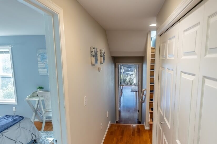 Throughway to the Master Suite