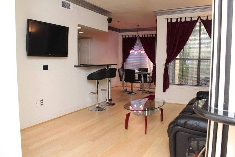 image 2 furnished 2 bedroom Townhouse for rent in Chamblee, DeKalb County