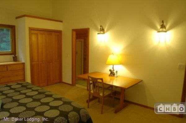 image 8 furnished 3 bedroom House for rent in Mt. Baker, Cascade Mountains