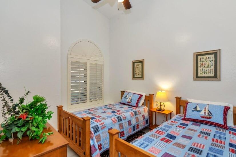 Bedroom #4/Twin Beds
