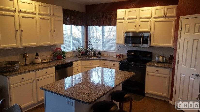 image 2 furnished 3 bedroom House for rent in Littleton, Arapahoe County