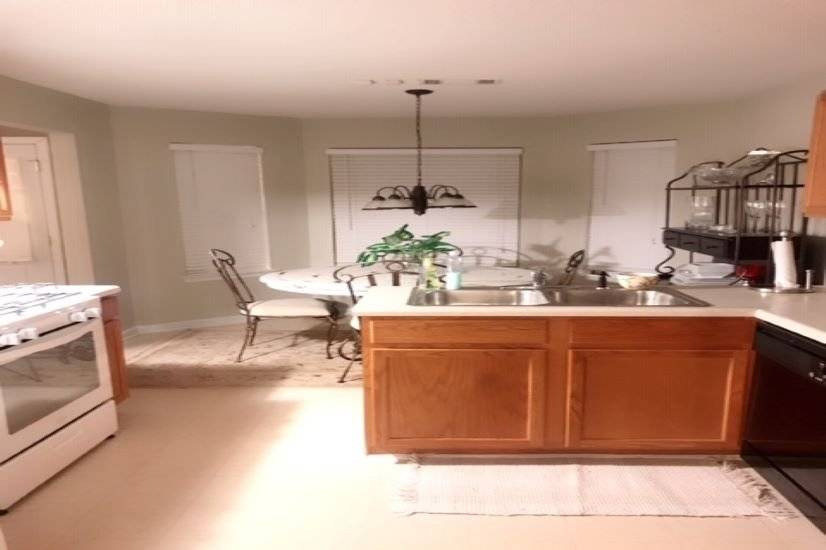 image 5 furnished 3 bedroom House for rent in Snellville, Gwinnett County