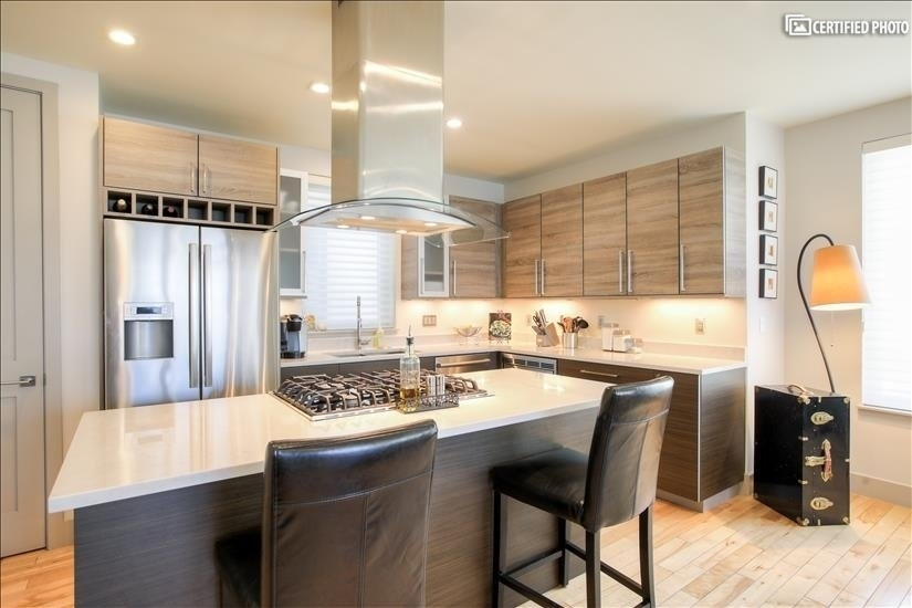 High-End Fully Equipped Kitchen with Bosch Appliances