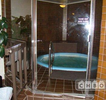 Hot Tub & Sauna