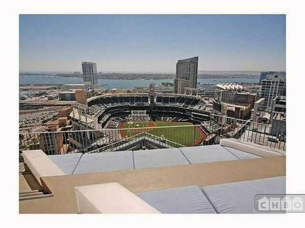 image 20 furnished 2 bedroom Townhouse for rent in Park West, Central San Diego