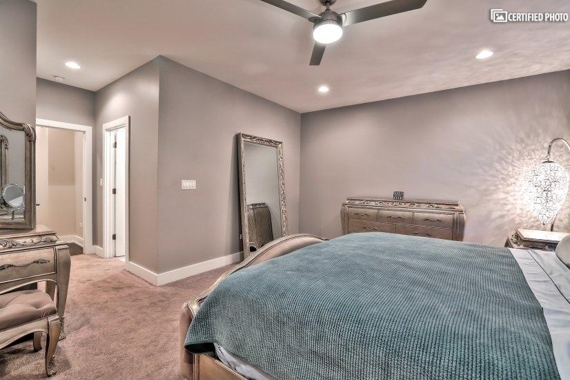 Luxurious Master Bedroom 3
