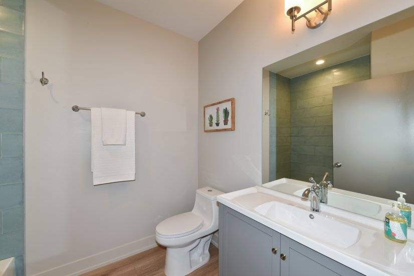 image 9 furnished 2 bedroom Apartment for rent in Downers Grove, West Suburbs