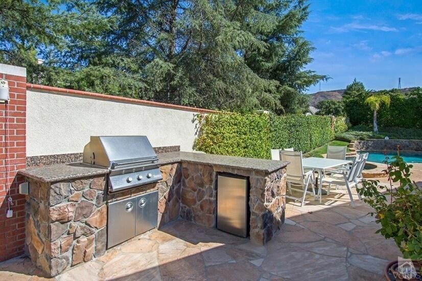 image 8 furnished 4 bedroom House for rent in Westlake Village, San Fernando Valley