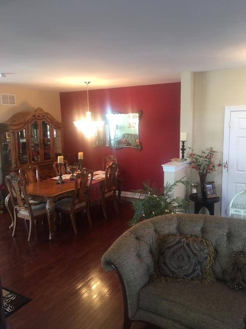 image 7 furnished 4 bedroom Townhouse for rent in Trenton, Mercer County