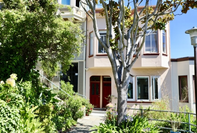 Home sweet home--surrounded by gardens & 4 blocks downtown!