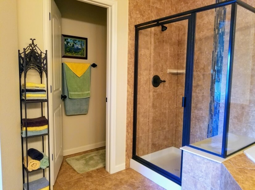 Elegant shower with tiled bench