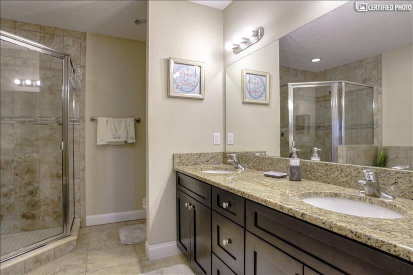 Spacious dual vanity master bath