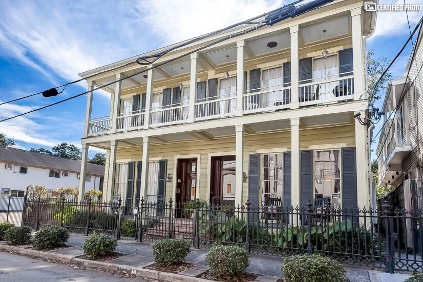 Garden district furnished 1 bedroom townhouse for rent 2250 per month rental id 3556402 for 1 bedroom for rent new orleans