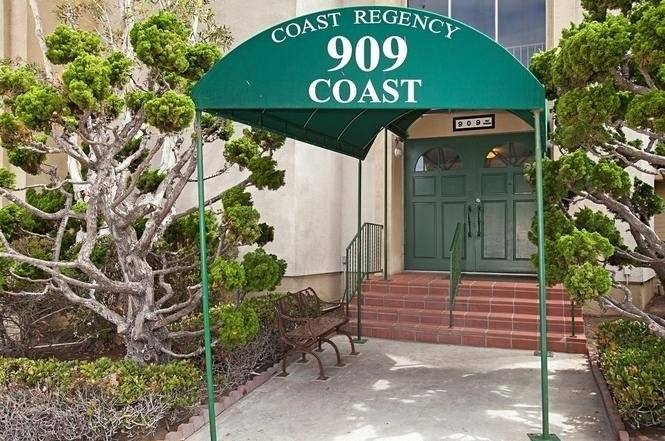 image 2 furnished 2 bedroom Townhouse for rent in La Jolla, Northern San Diego