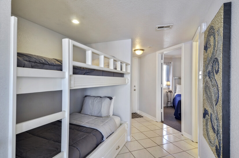 Seascape Unit with Built-In Bunk