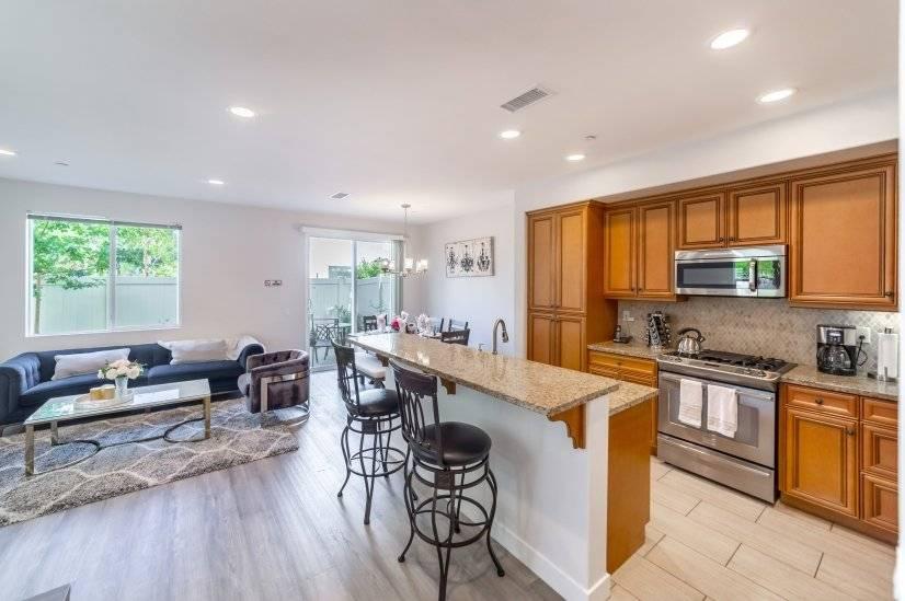image 5 furnished 4 bedroom House for rent in Van Nuys, San Fernando Valley