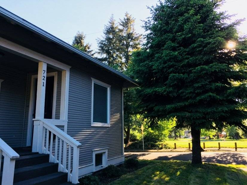 image 8 furnished 2 bedroom House for rent in Vancouver, West WA