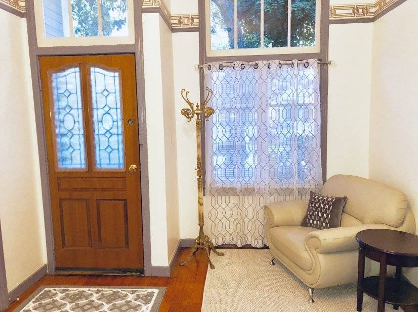 front door, fully furnished