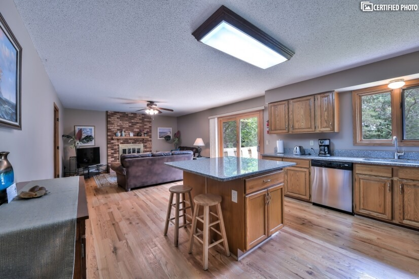 image 5 furnished 4 bedroom House for rent in Woodbury, Twin Cities Area