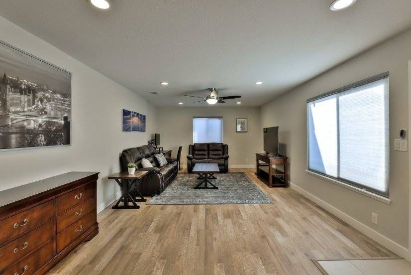 image 2 furnished 3 bedroom Townhouse for rent in Dublin, Alameda County
