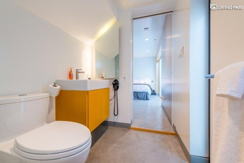 Modern, space efficient bathroom