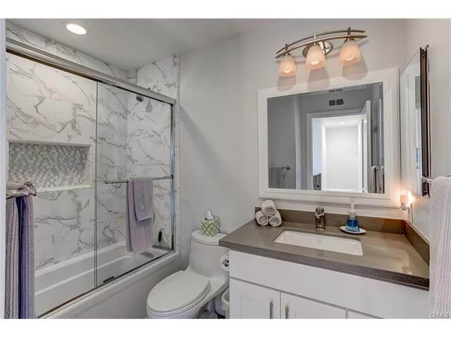 2nd Full bath located upstairs